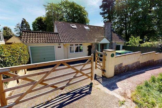 4 Bedrooms Detached Bungalow for sale in Lindthorpe Way, Brixham, Devon