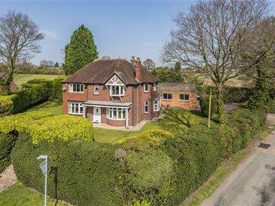 4 Bedrooms Detached House for sale in Stockhay Lane, Hammerwich, Burntwood