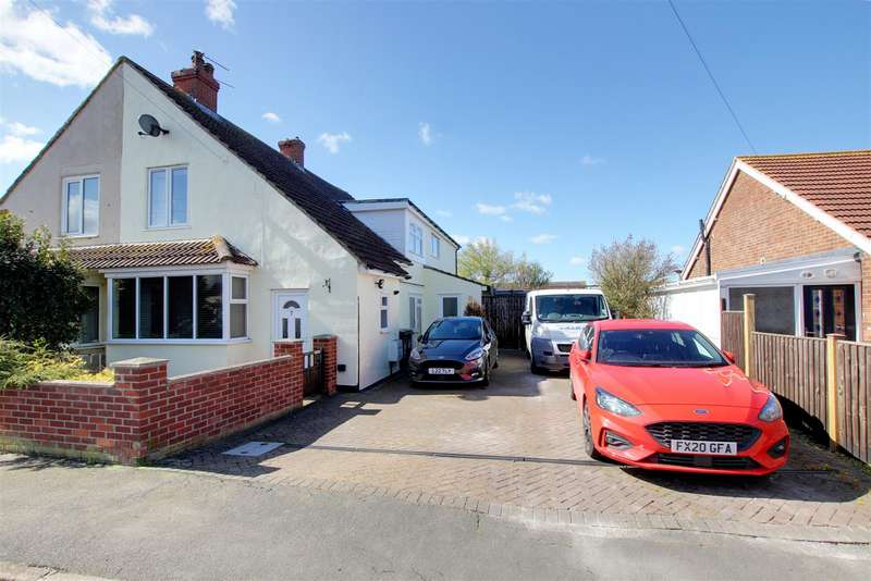 4 Bedrooms Semi Detached House for sale in Cambridge Road North, Mablethorpe