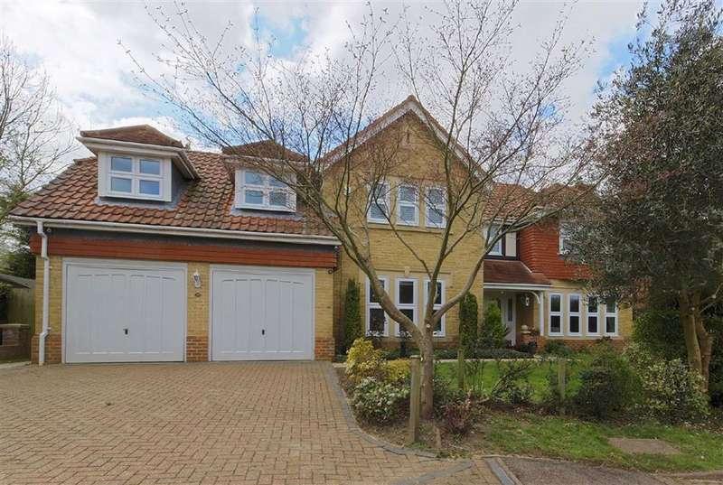 5 Bedrooms Detached House for sale in Poets Gate, St James Parish, Hertfordshire