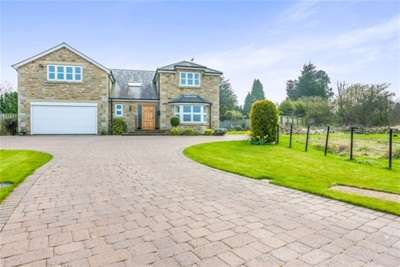 5 Bedrooms House for rent in Meadow Court, Ponteland, NE20