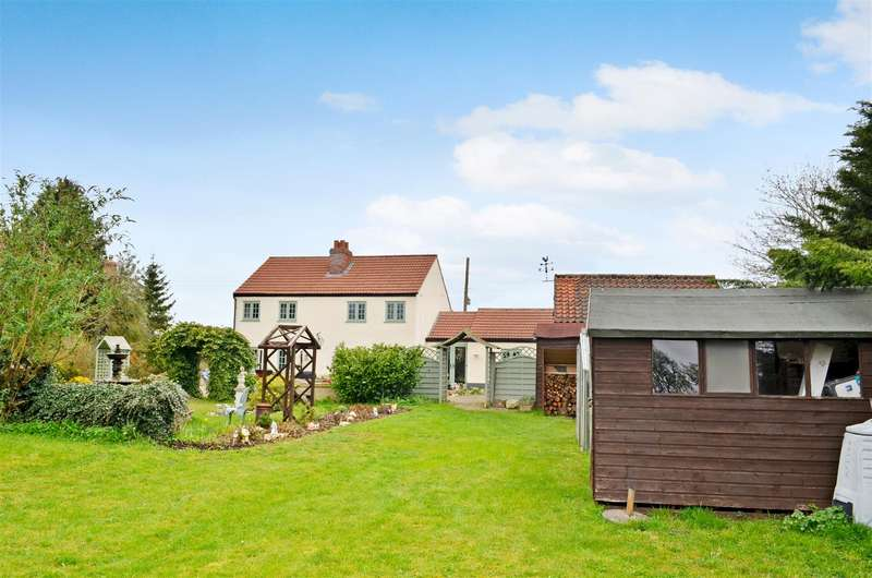 4 Bedrooms Detached House for sale in Canwick Road, Washingborough, Lincoln
