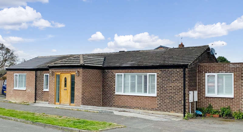 4 Bedrooms Semi Detached Bungalow for sale in Station Close, Riding Mill