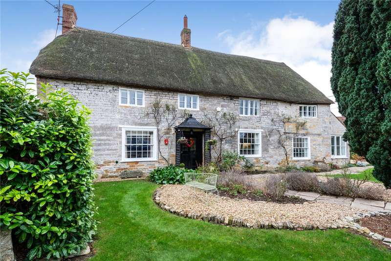 4 Bedrooms Detached House for sale in Church Street, Kingsbury Episcopi, Martock