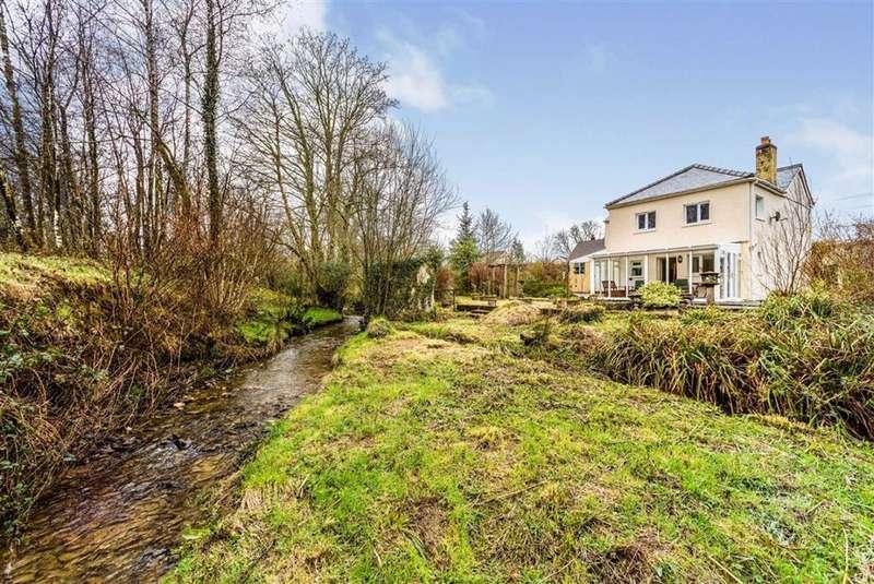 3 Bedrooms House for sale in Rhydcymerau, Llanybydder