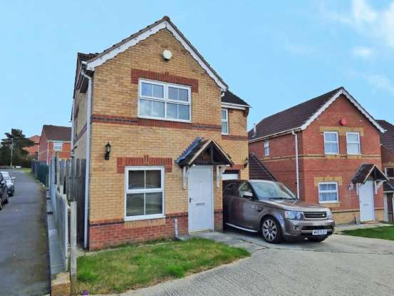 Detached House for sale in Marled Close, Heckmondwike, West Riding, WF16 9QE