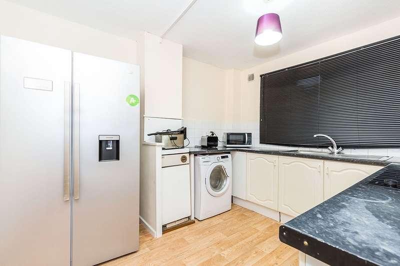 House for rent in Greystones, Leyland, PR26