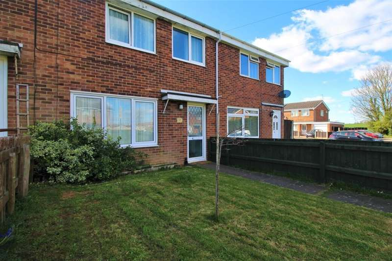 3 Bedrooms Terraced House for sale in Abbots Way, Ulceby, DN39