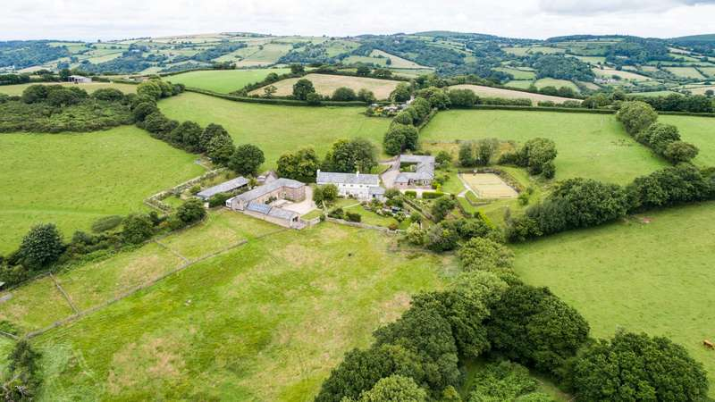 5 Bedrooms House for sale in Moretonhampstead, Newton Abbot, Devon