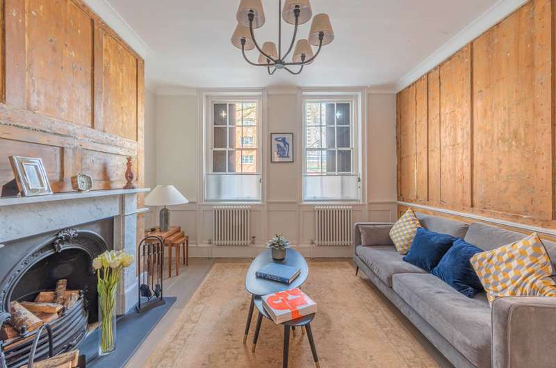 2 Bedrooms Flat for sale in Cable Street, Wapping, E1