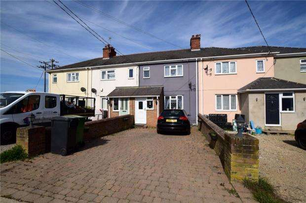 2 Bedrooms Terraced House for sale in Domsey Chase, Feering, Colchester