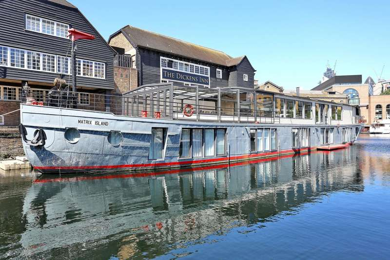 5 Bedrooms House Boat Character Property for sale in St Katharine Docks, Wapping E1W