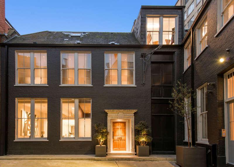 3 Bedrooms Semi Detached House for sale in Aldersgate Street, London EC1A