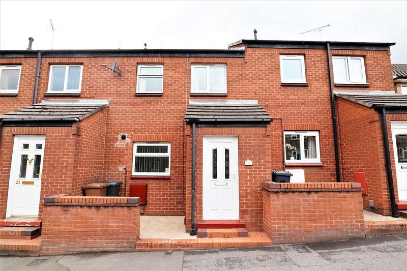 2 Bedrooms Terraced House for sale in Thomas Street, Lincoln
