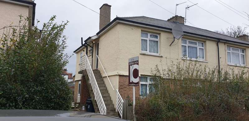 2 Bedrooms Maisonette Flat for sale in 97 Cedar Grove, Ealing, W5 4AT