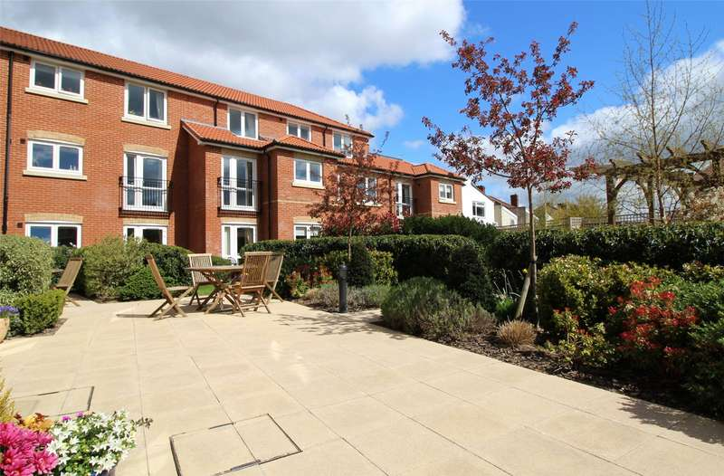 2 Bedrooms Property for sale in New Pooles Lodge, Maywood Crescent, Bristol BS16