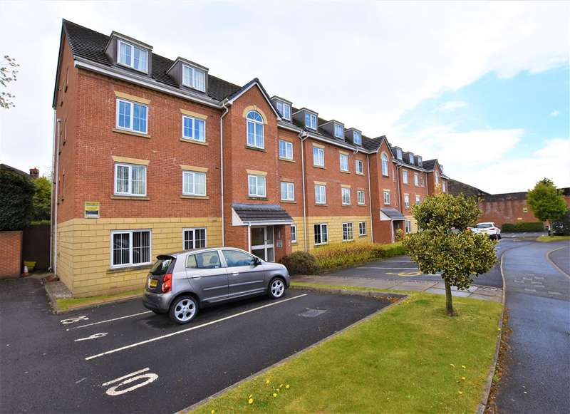 2 Bedrooms Apartment Flat for sale in Gladstone House, Blackburn