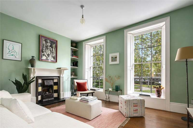 3 Bedrooms Flat for sale in Arbour Square, London, E1