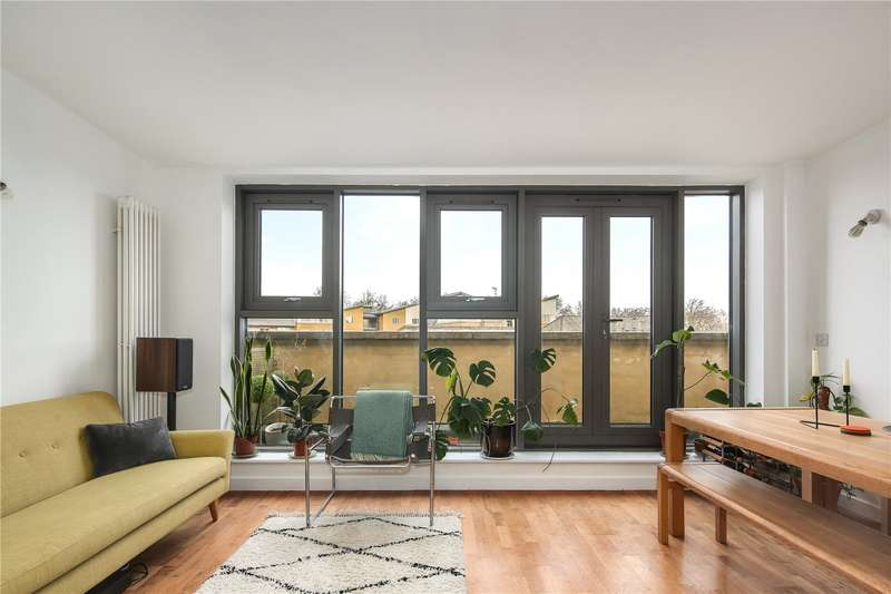 2 Bedrooms Flat for sale in Connaught Works, 251 Old Ford Road, London, E3