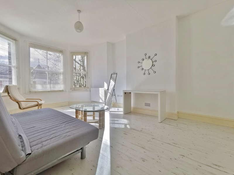 1 Bedroom Flat for rent in Stapleton Hall Road, Stroud Green N4
