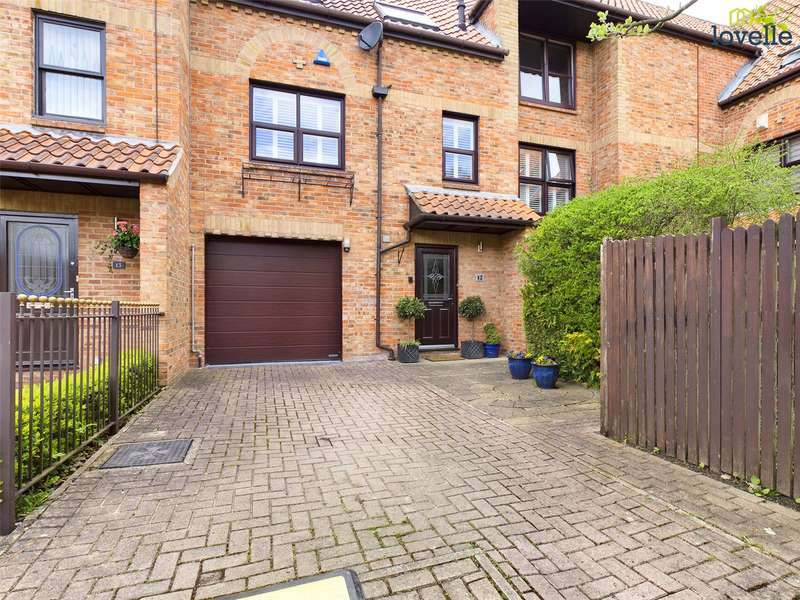 4 Bedrooms House for sale in Wain Well Mews, Lincoln, LN2