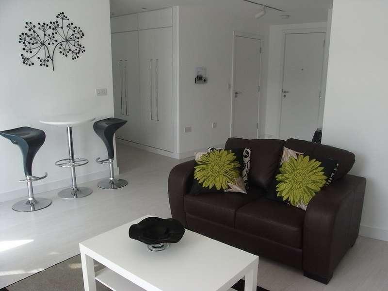 1 Bedroom Property for rent in Manor Mills, Ingram Street LS11