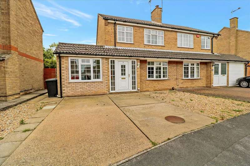 3 Bedrooms Semi Detached House for sale in Burley Park Close, Lincoln