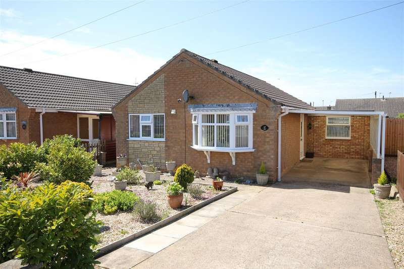2 Bedrooms Detached Bungalow for sale in Winchester Drive, Mablethorpe