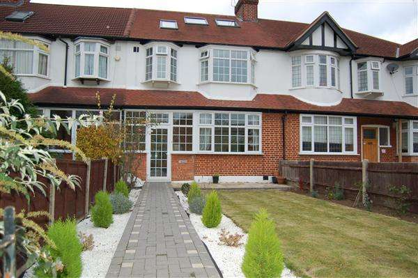 5 Bedrooms Terraced House for rent in Buckleigh Avenue, Merton Park