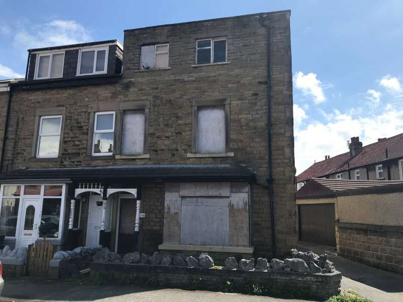 3 Bedrooms End Of Terrace House for sale in 210 Westminster Road, Morecambe, Lancashire