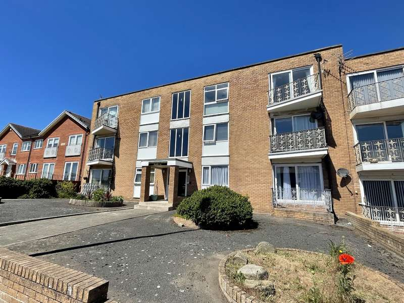 2 Bedrooms Flat for sale in Harrowside Heights, South Shore, Blackpool, FY4 1RL