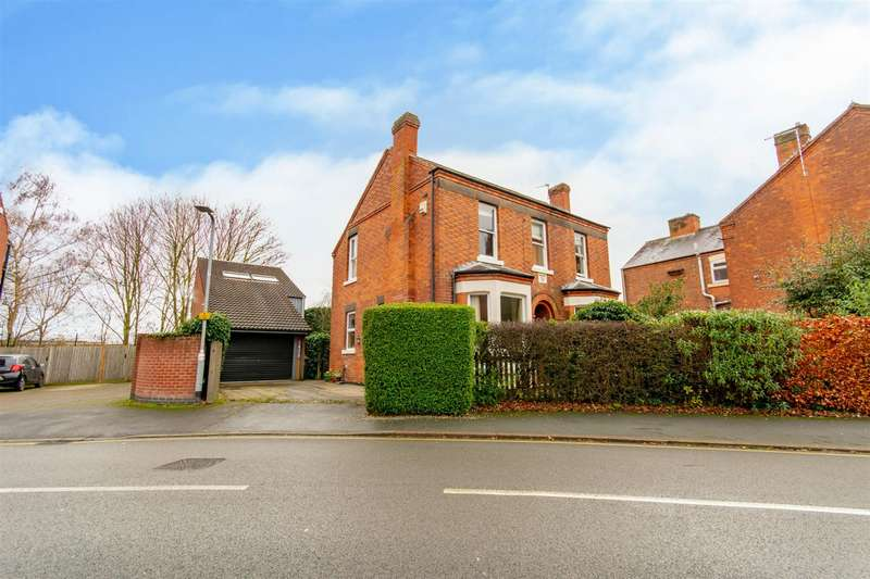 4 Bedrooms Detached House for sale in Park Street, Beeston