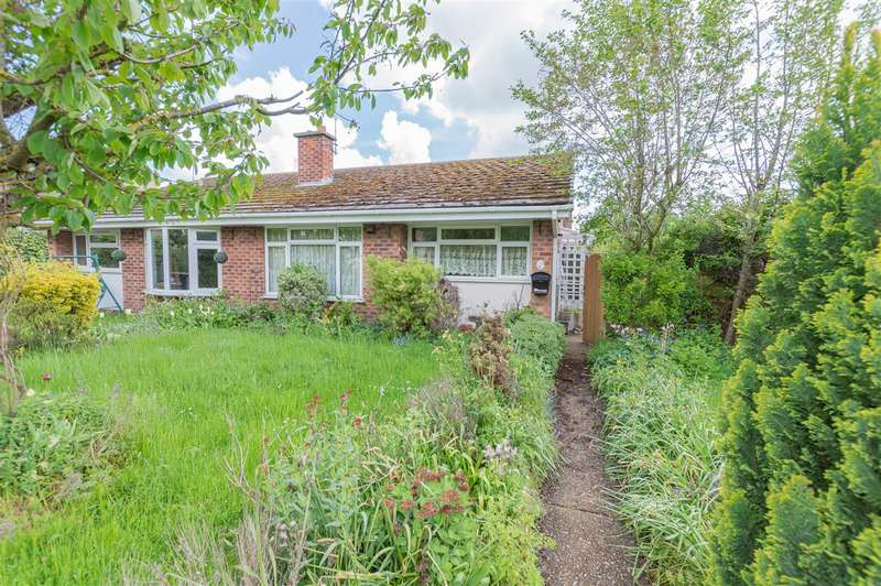 2 Bedrooms Bungalow for sale in Little Hale road, Great Hale, Sleaford
