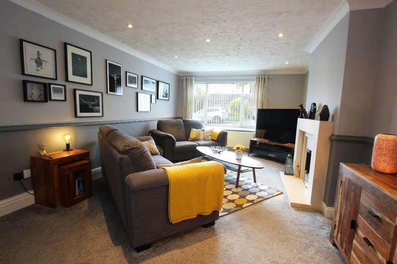 3 Bedrooms Semi Detached House for sale in Pickering Fold, Blackburn, BB1 2LH