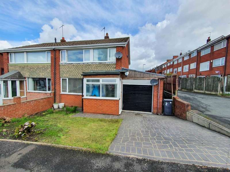 3 Bedrooms Semi Detached House for sale in Redwood Lane, Lees, Oldham, OL4 3JT