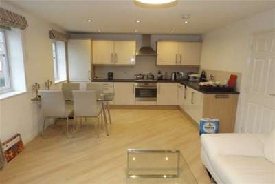 2 Bedrooms Flat for rent in Church View, Linby, Nottingham