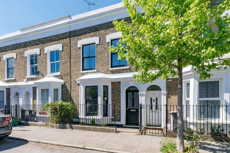 3 Bedrooms House for sale in Arrow Road, Bow, London