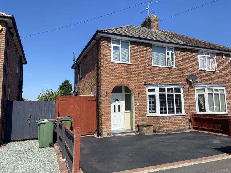 3 Bedrooms Property for sale in Park Drive, Leicester