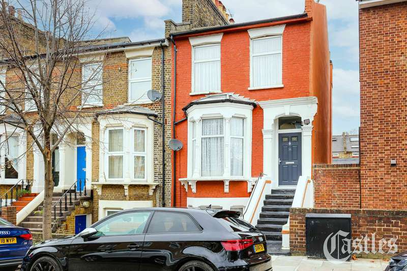 3 Bedrooms Property for sale in Sigdon Road, London