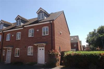 3 Bedrooms House for rent in Orchid Croft, Hucknall