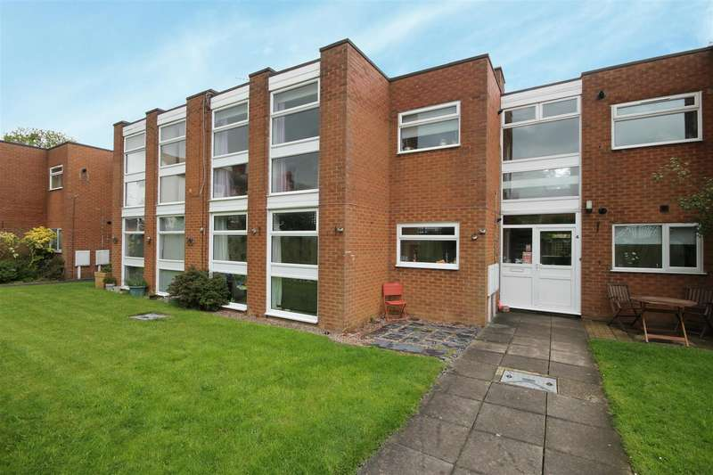 2 Bedrooms Flat for sale in Alford Road, Sutton-On-Sea