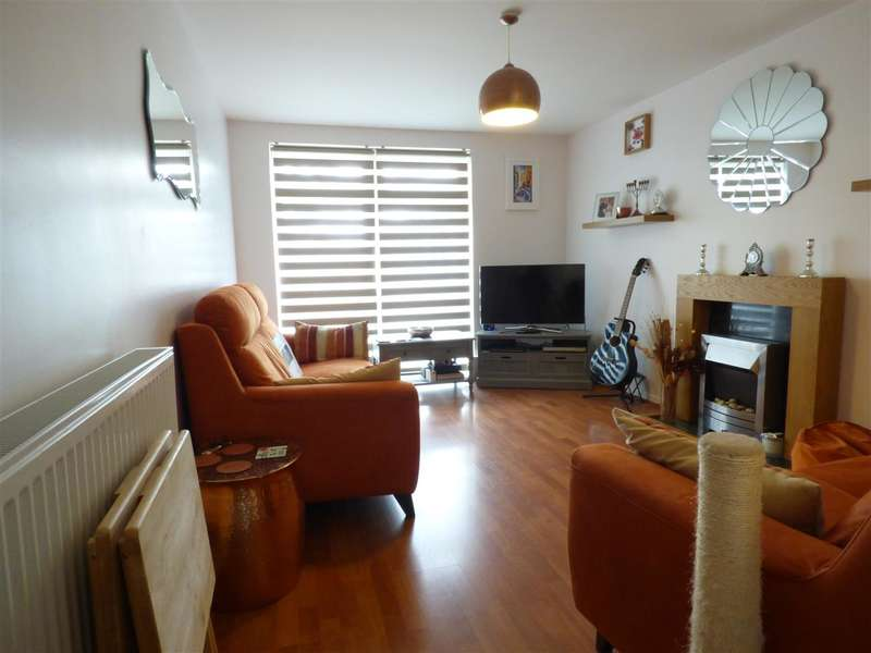 1 Bedroom Apartment Flat for sale in Redwood Gardens, Chigwell