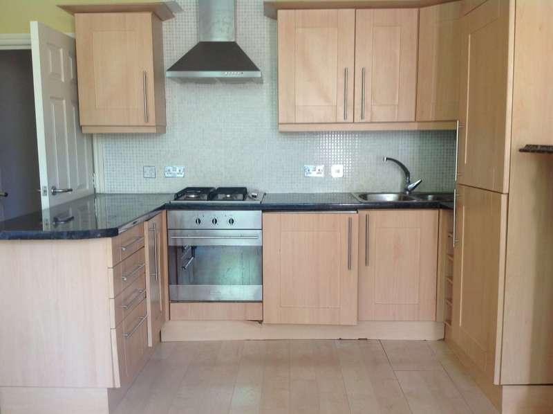 2 Bedrooms Flat for rent in 4 Normanton Avenue, Sefton Park, Liverpool