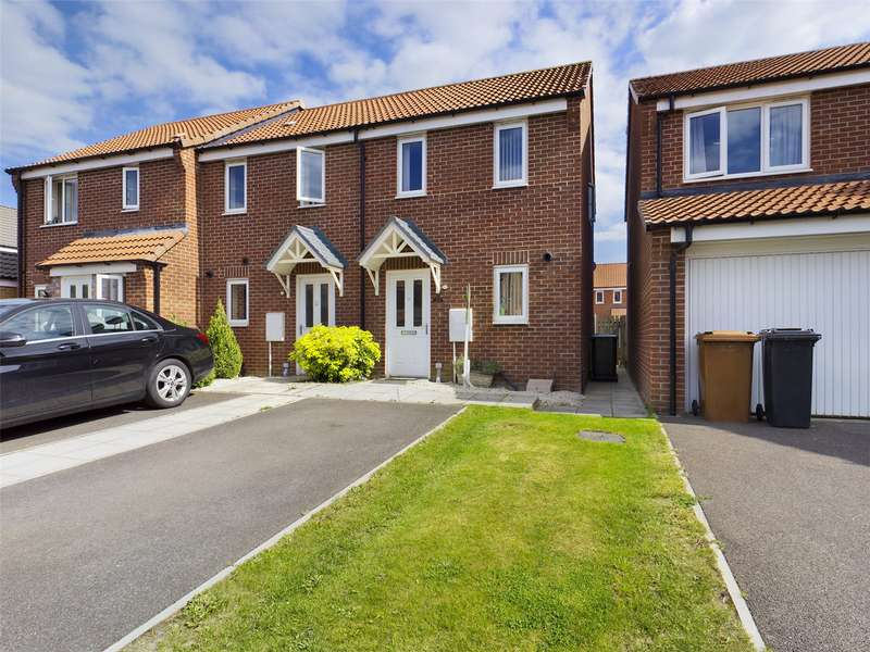 2 Bedrooms House for sale in Cupola Close, North Hykeham, Lincoln, LN6