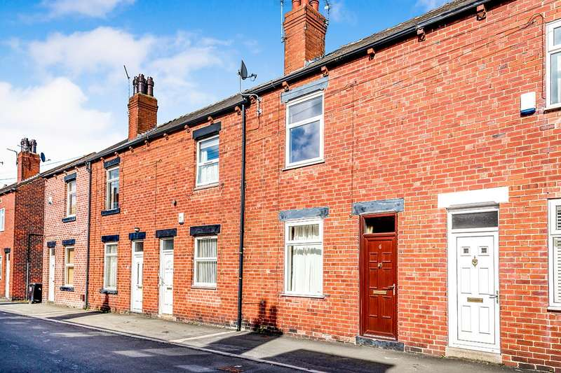 2 Bedrooms House for rent in Lyndon Avenue, Garforth, Leeds, LS25