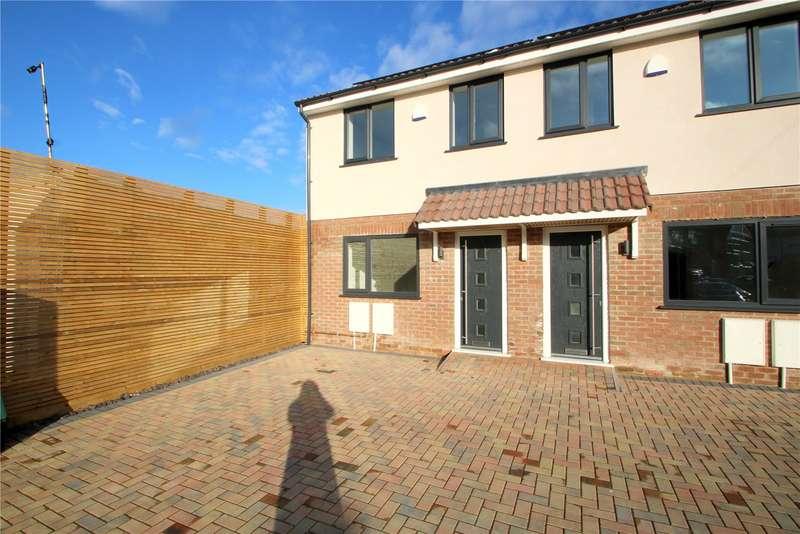 3 Bedrooms Property for rent in Alderney Avenue, Brislington BS4
