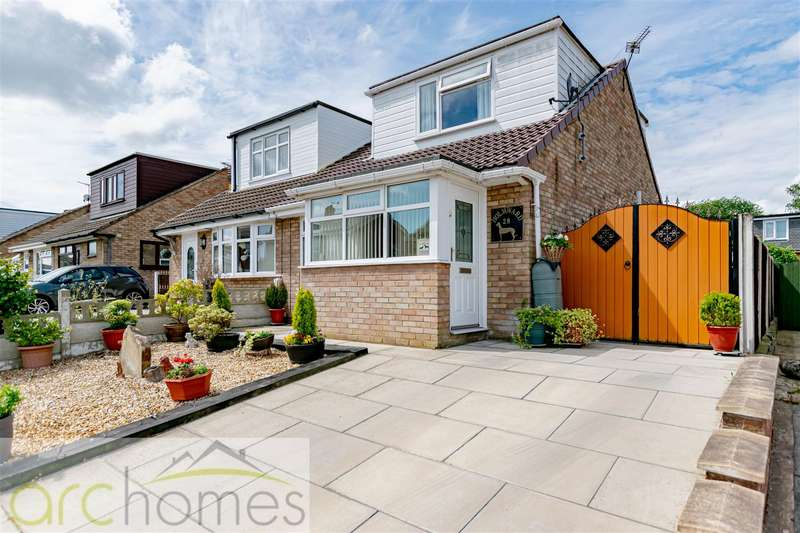 2 Bedrooms Semi Detached House for sale in Salesbury Way, Wigan