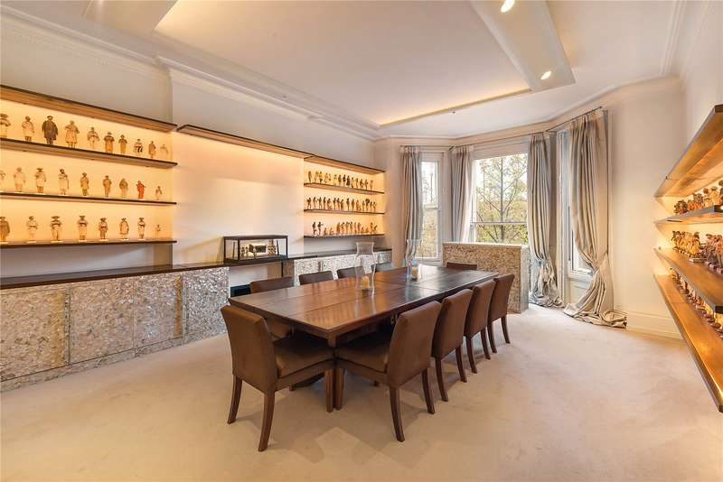 4 Bedrooms Flat for sale in