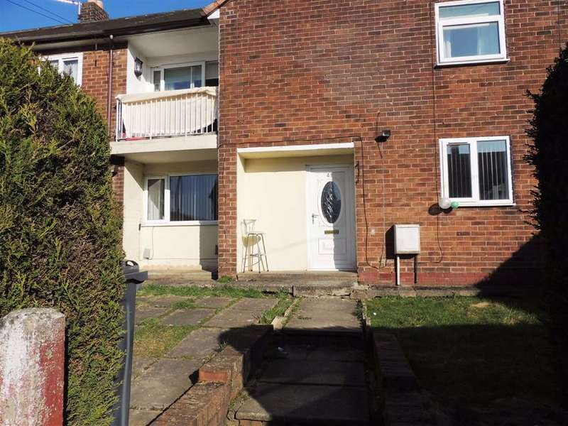 2 Bedrooms Flat for sale in Calve Croft Road, Peel Hall, Manchester