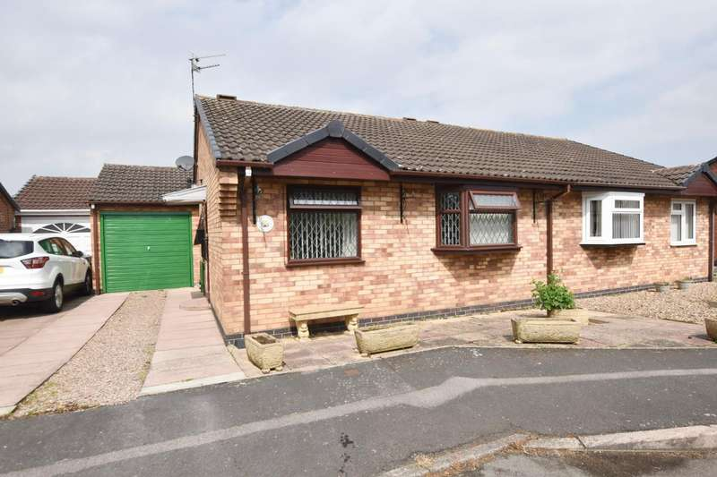 2 Bedrooms Semi Detached Bungalow for sale in Halford Street, Syston, Leicester